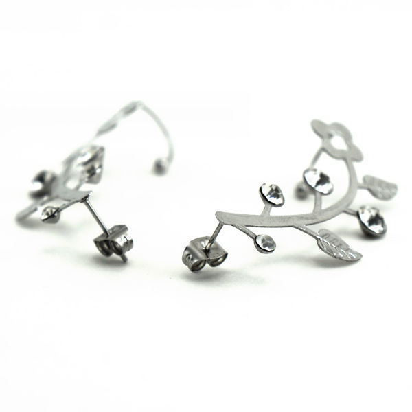 Picture of Ear Cuff Flower Earrings Stainless Steel