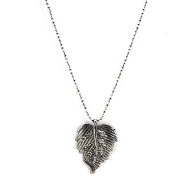 Picture of Leaf Necklace Stainless Steel  Silver